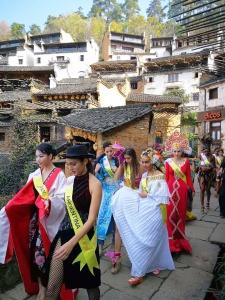 visit to huanglin-3